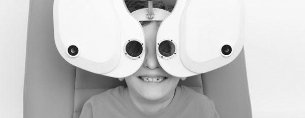 Diagnostik & Behandlung: Vorsorge bei Kindern, Sehfehler, Schielen